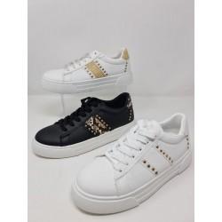 Sneakers Tachuelas modelo 1ap-0243